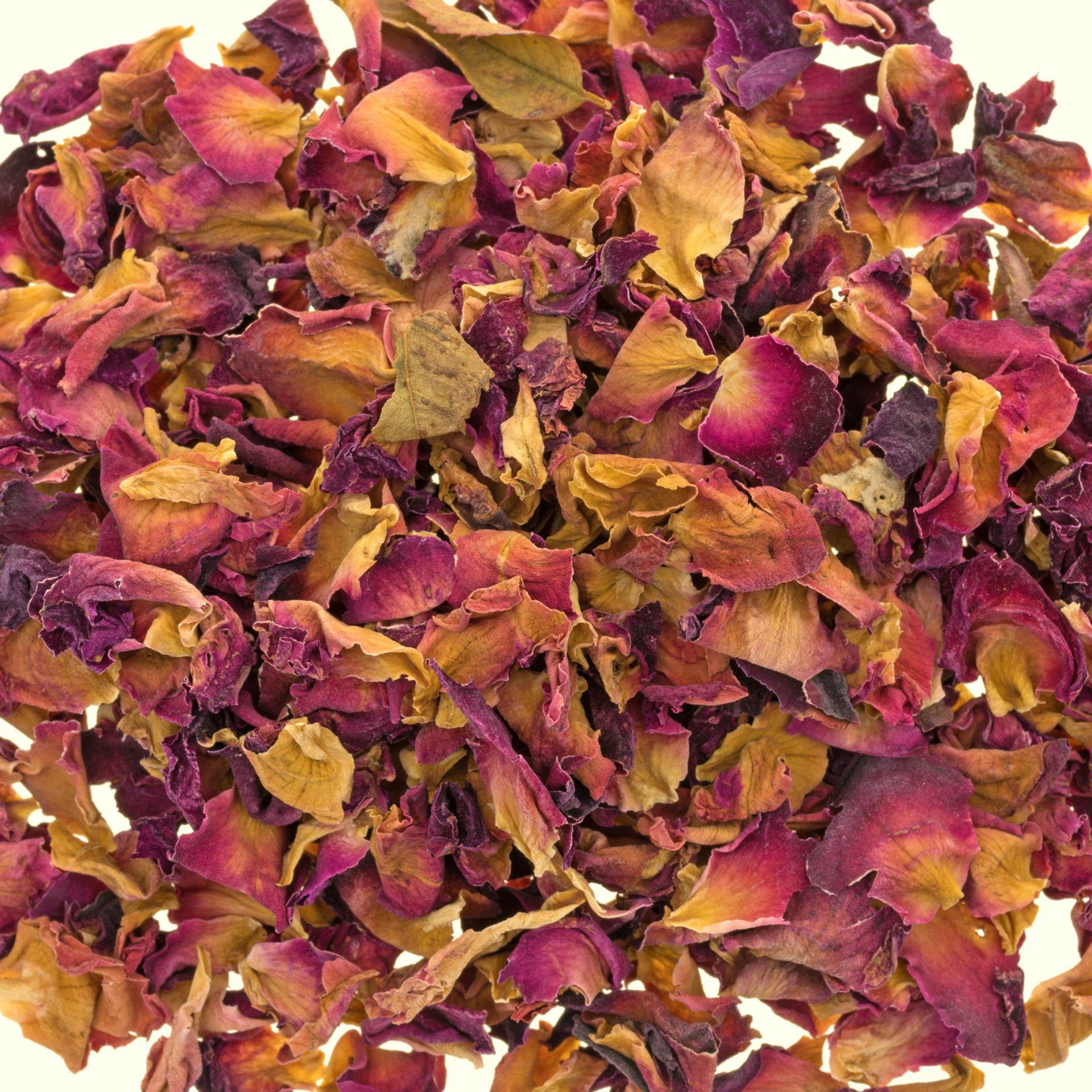 dried-rosebuds-petals-red